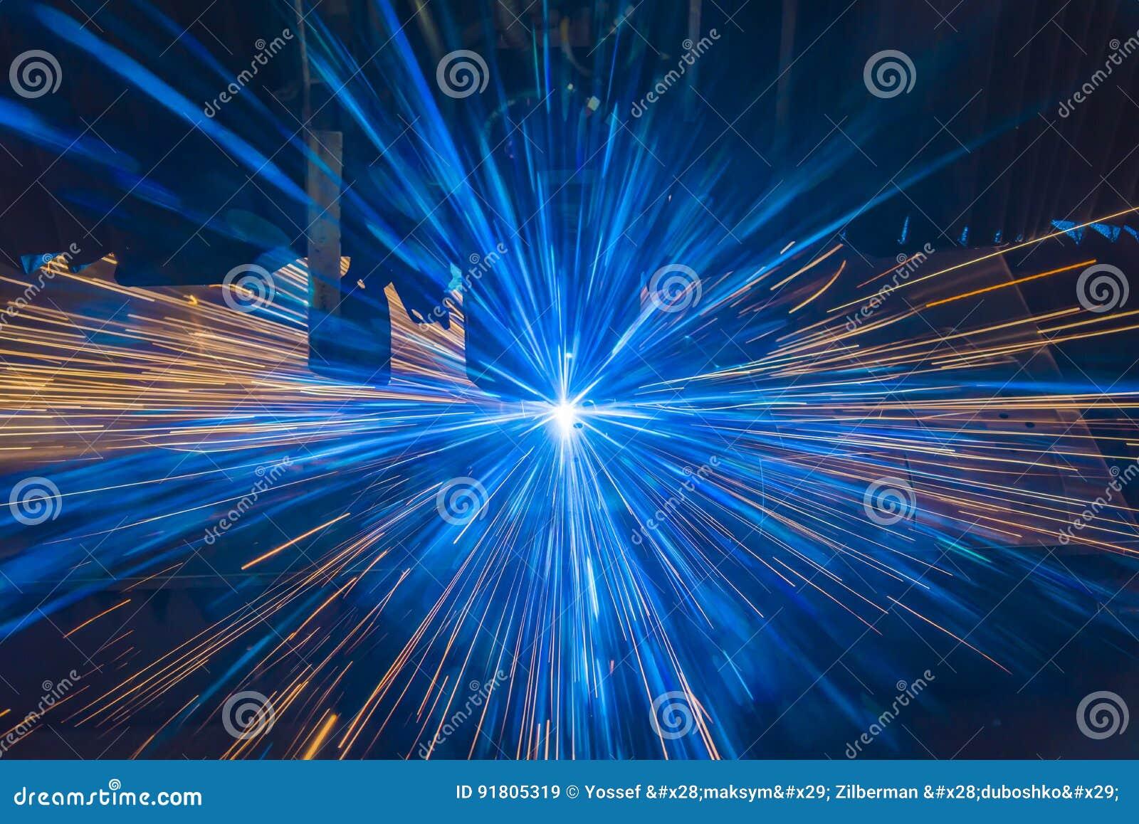 Taglio industriale del laser che elabora tecnologia di fabbricazione del materiale d acciaio del metallo della lamiera piana con