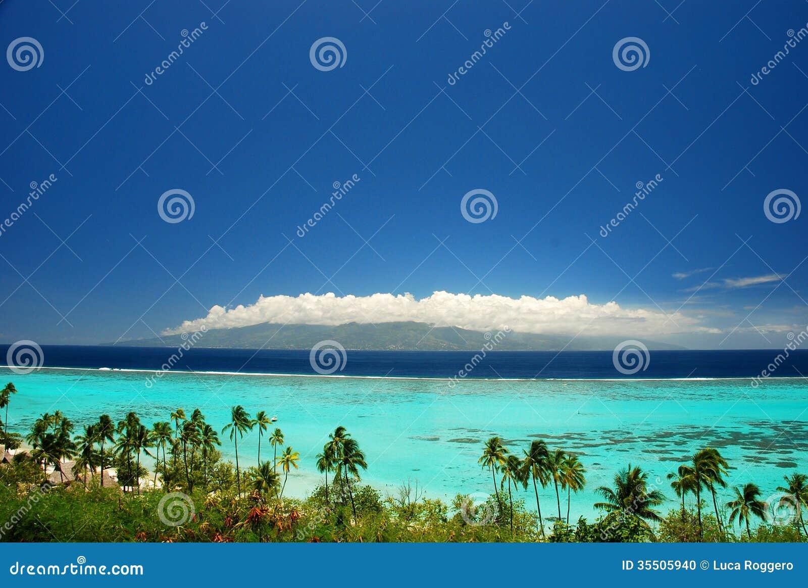 Moorea Island French Polynesia  city photo : Moorea is a high island in French Polynesia, part of the Society ...