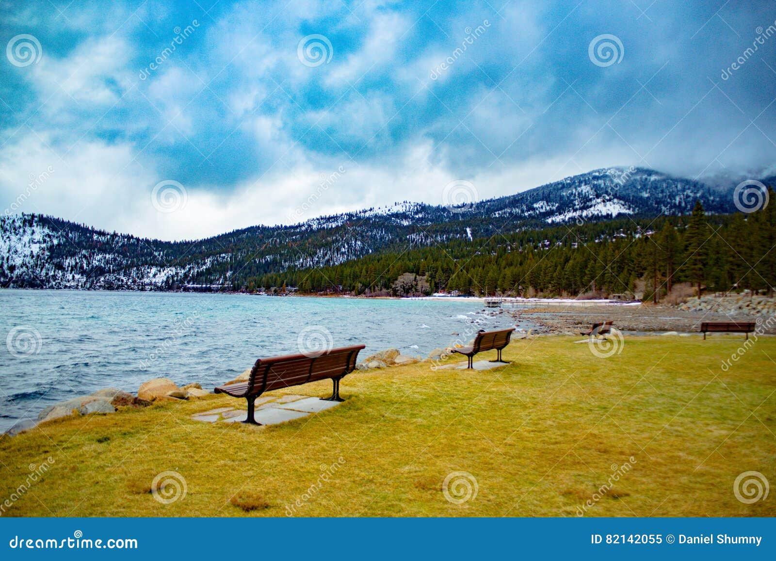 Tahoe jeziorna Zima