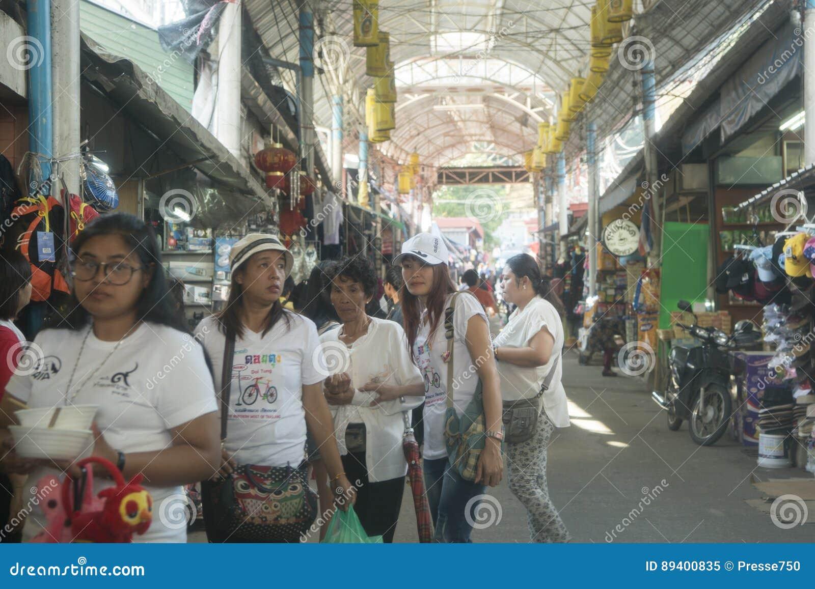 TAILÂNDIA CHIANG RAI MAE SAI MARKETSTREET