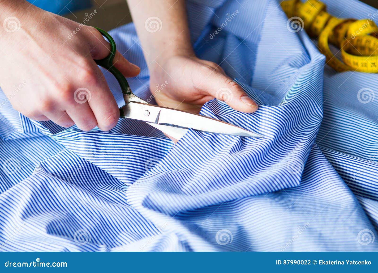 Tailleur Tissu de ciseaux du ` s de tailleur de tailleur d entaille de mains