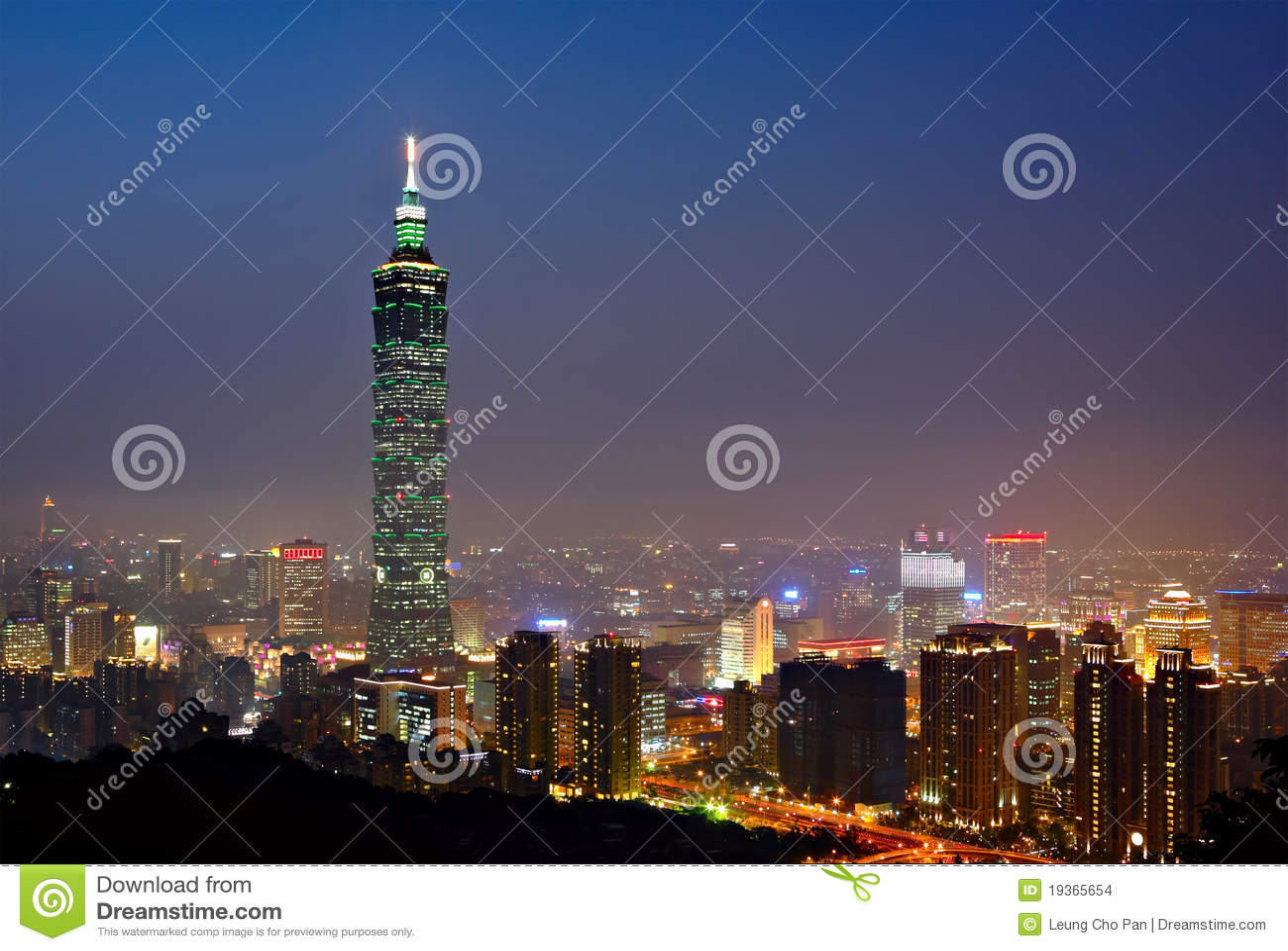 Taipei na noite