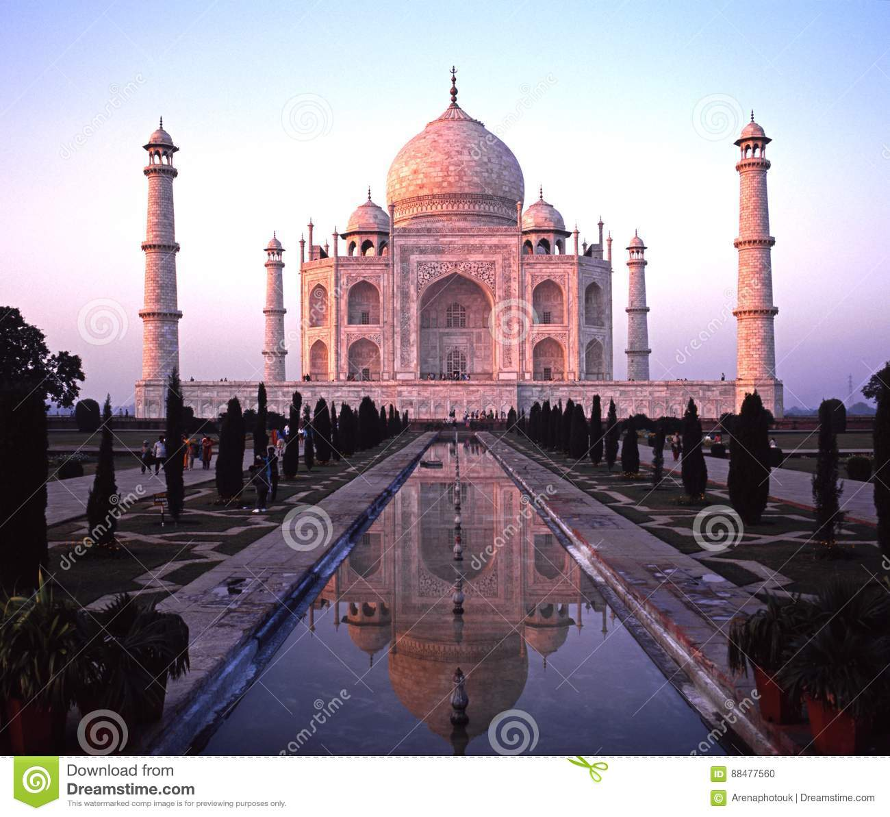 Taj Mahal In The Evening Agra India Editorial Image Image Of