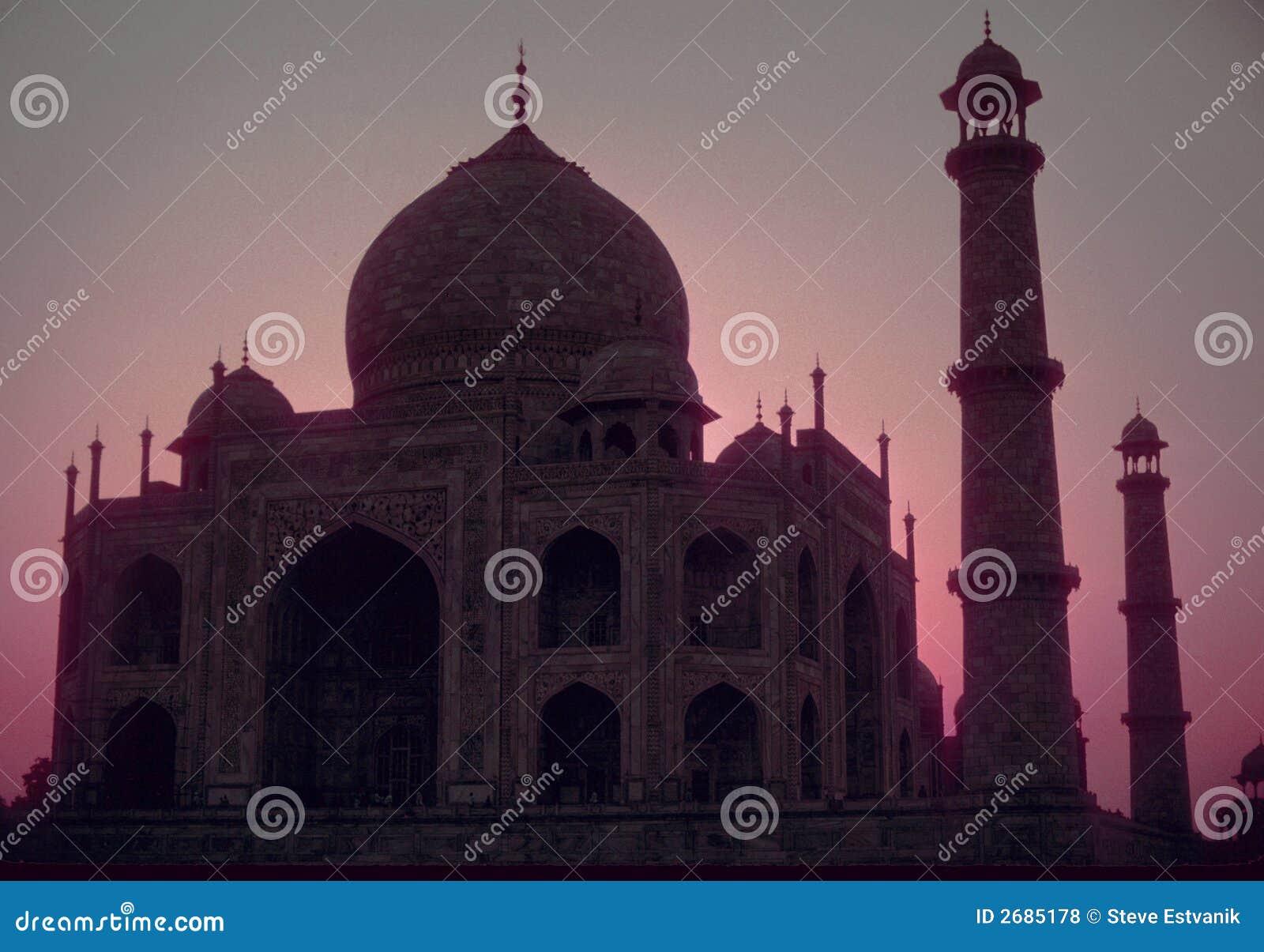 Taj Mahal, nascer do sol cor-de-rosa