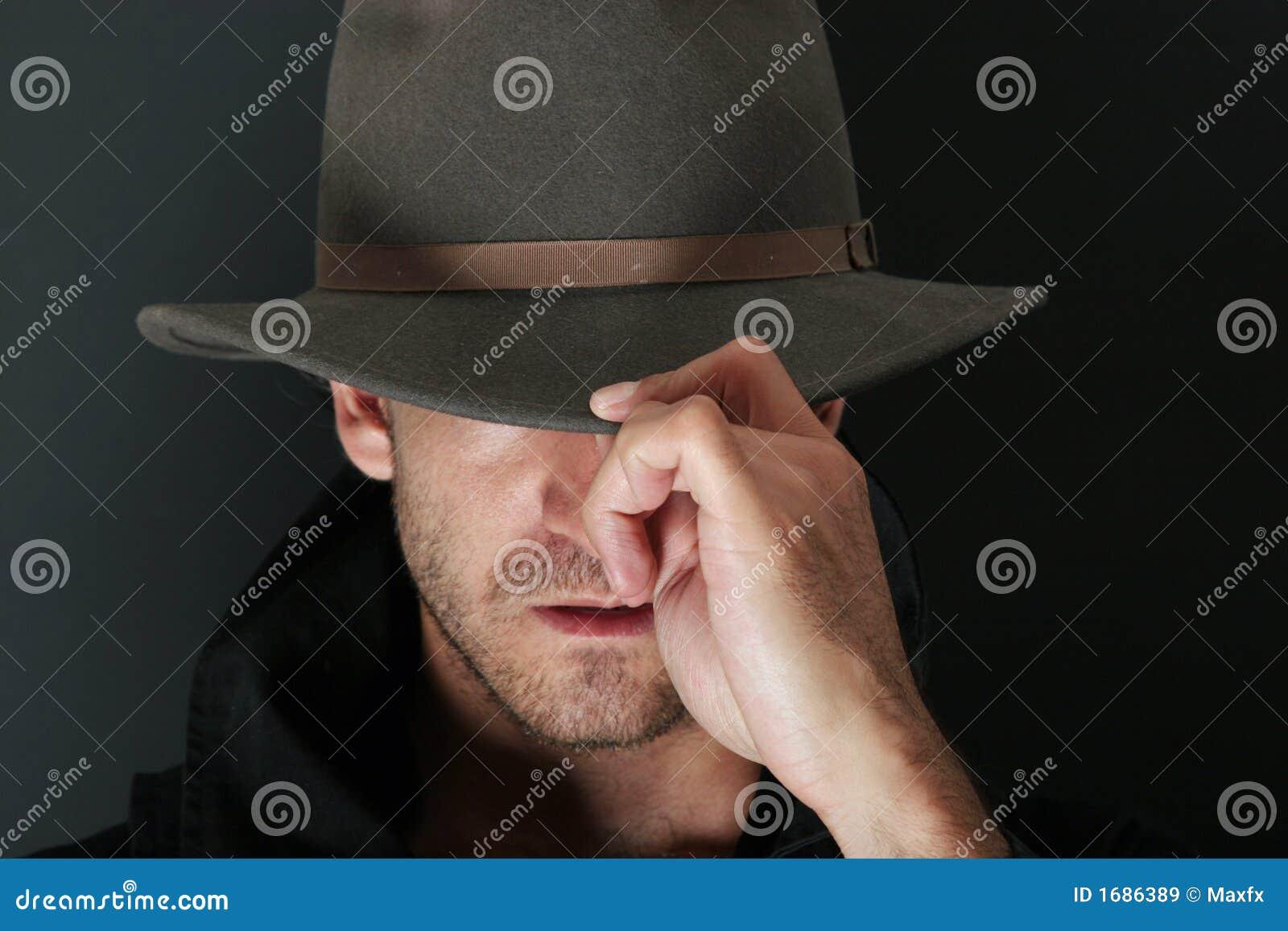 Tajemniczy mężczyzna