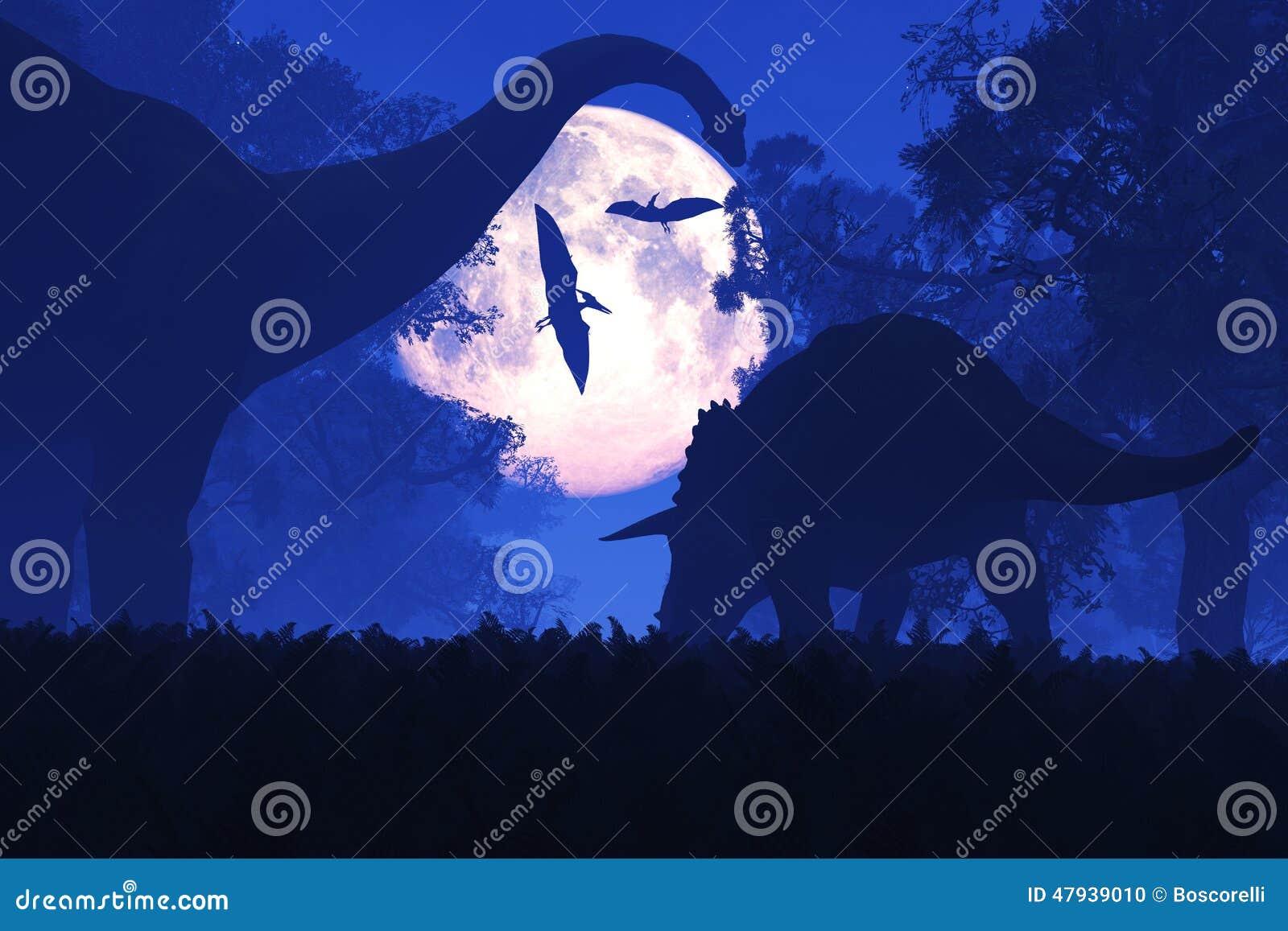 Tajemniczy Magiczny Prehistoryczny fantazja las przy nocą w księżyc w pełni