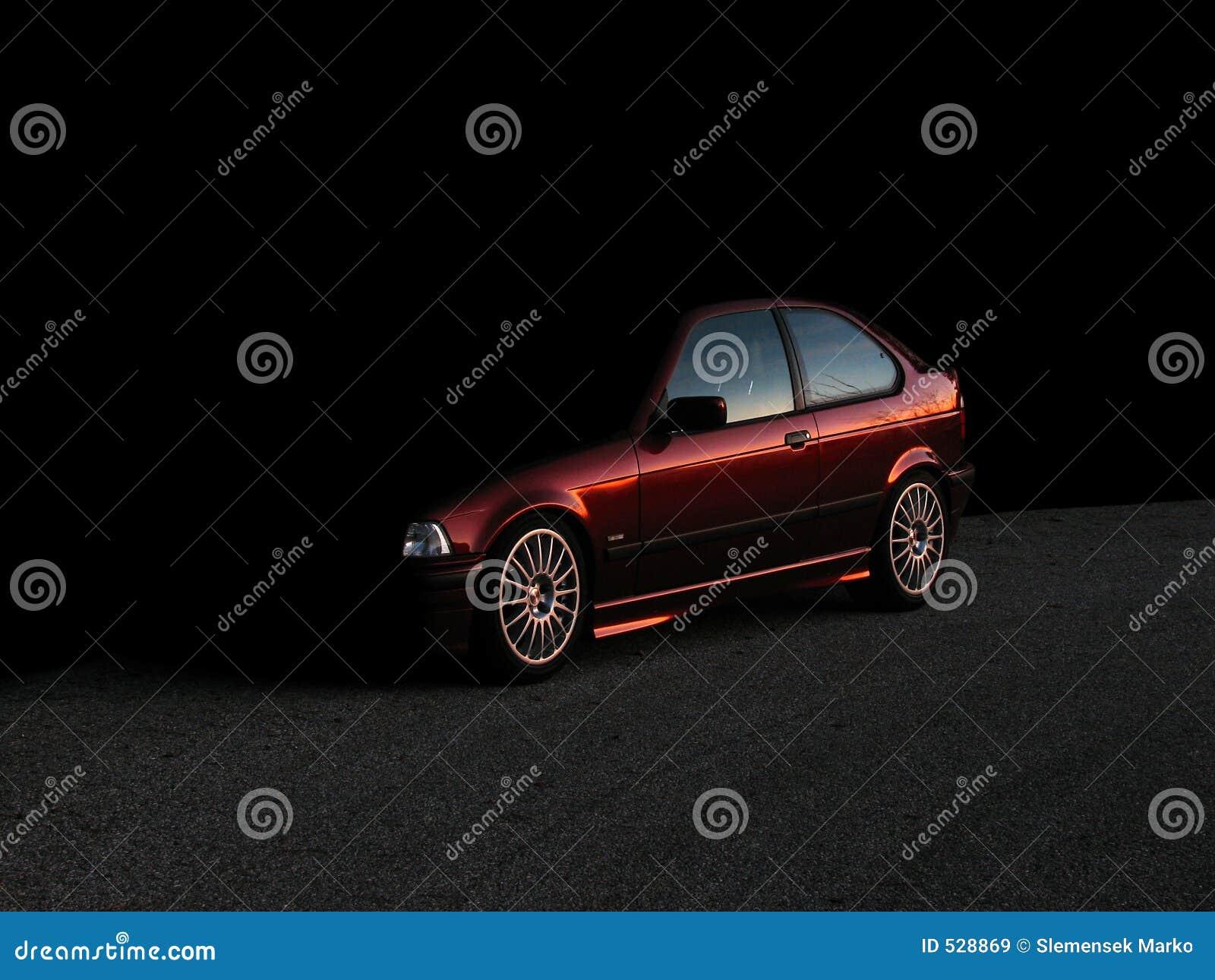 Tajemniczy samochód
