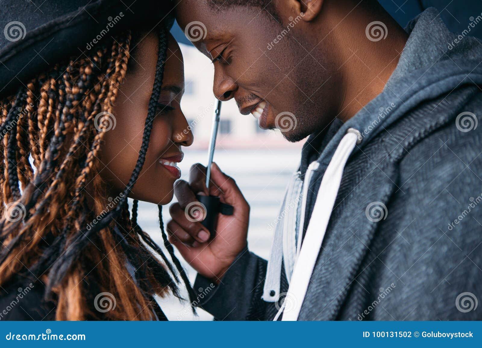 Także daktylowa galeria mój romantyczny widzii jednakową pracę Amerykanin Afrykańskiego Pochodzenia miłości para