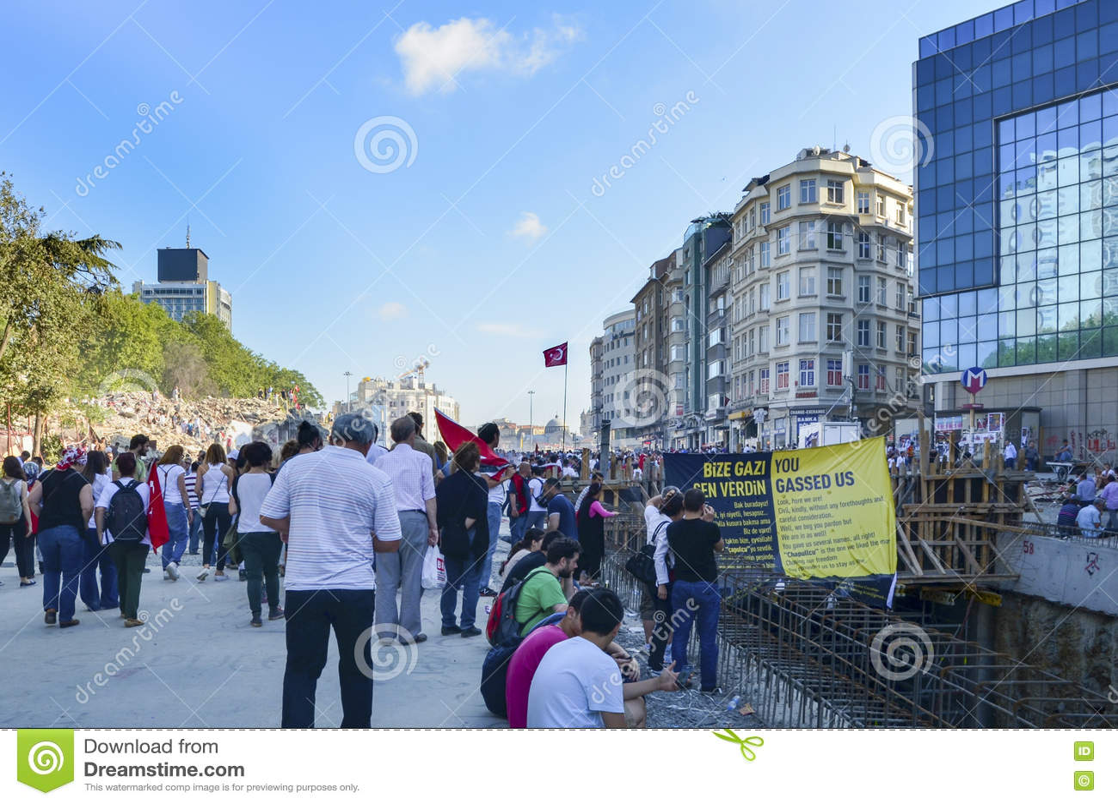 Taksim Gezi parkerar protester och händelser Sikten från Taksim Squar