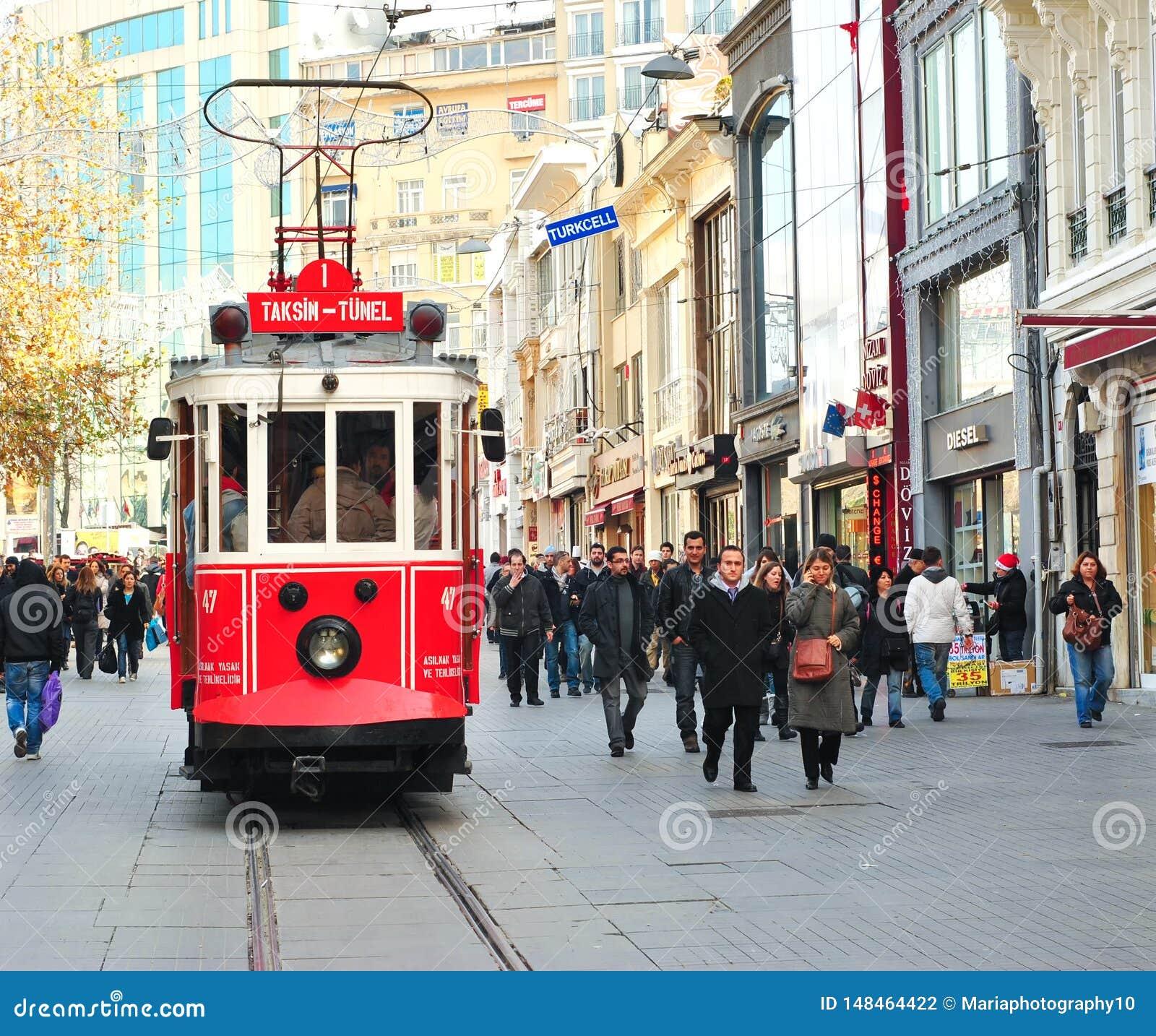 Taksim-Tunel nostalgii tramwaj, Istanbu?, Turcja