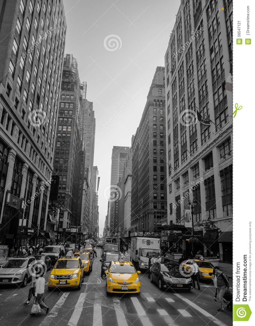 black and white picture of new york with yellow cab. Black Bedroom Furniture Sets. Home Design Ideas