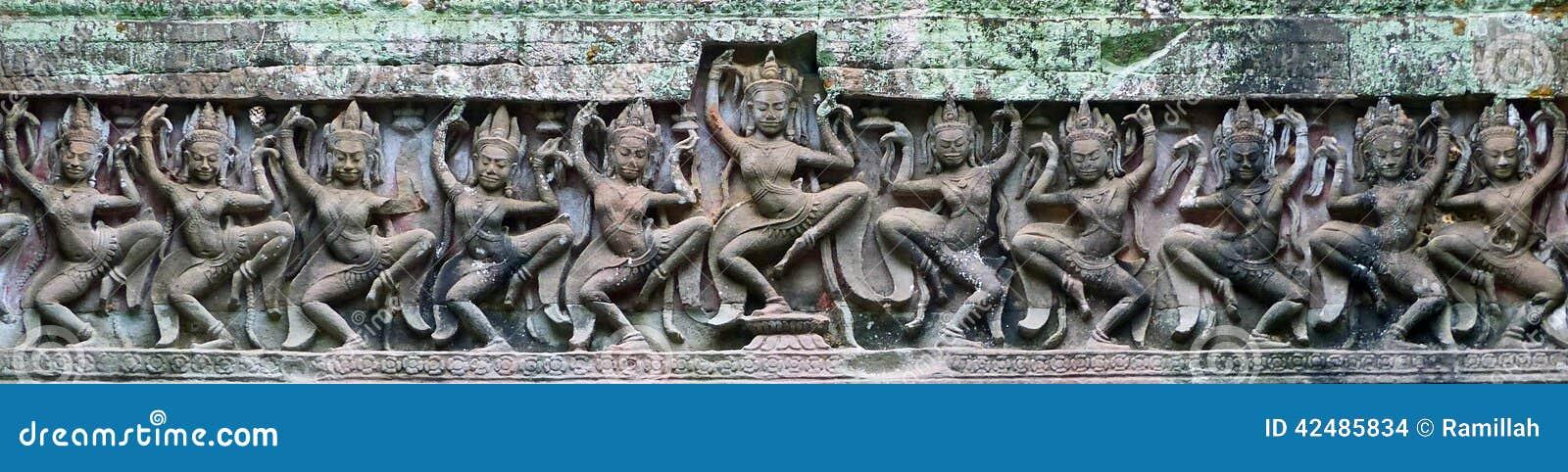 Talla de piedra de la laterita antigua del Khmer de Apsara en