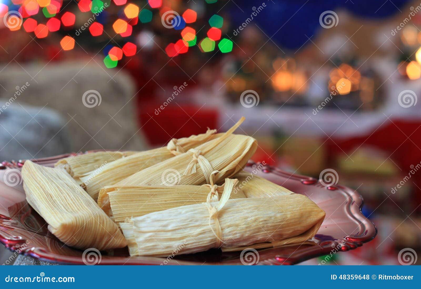 Tamales hechos en casa de la navidad foto de archivo - La casa de la navidad ...