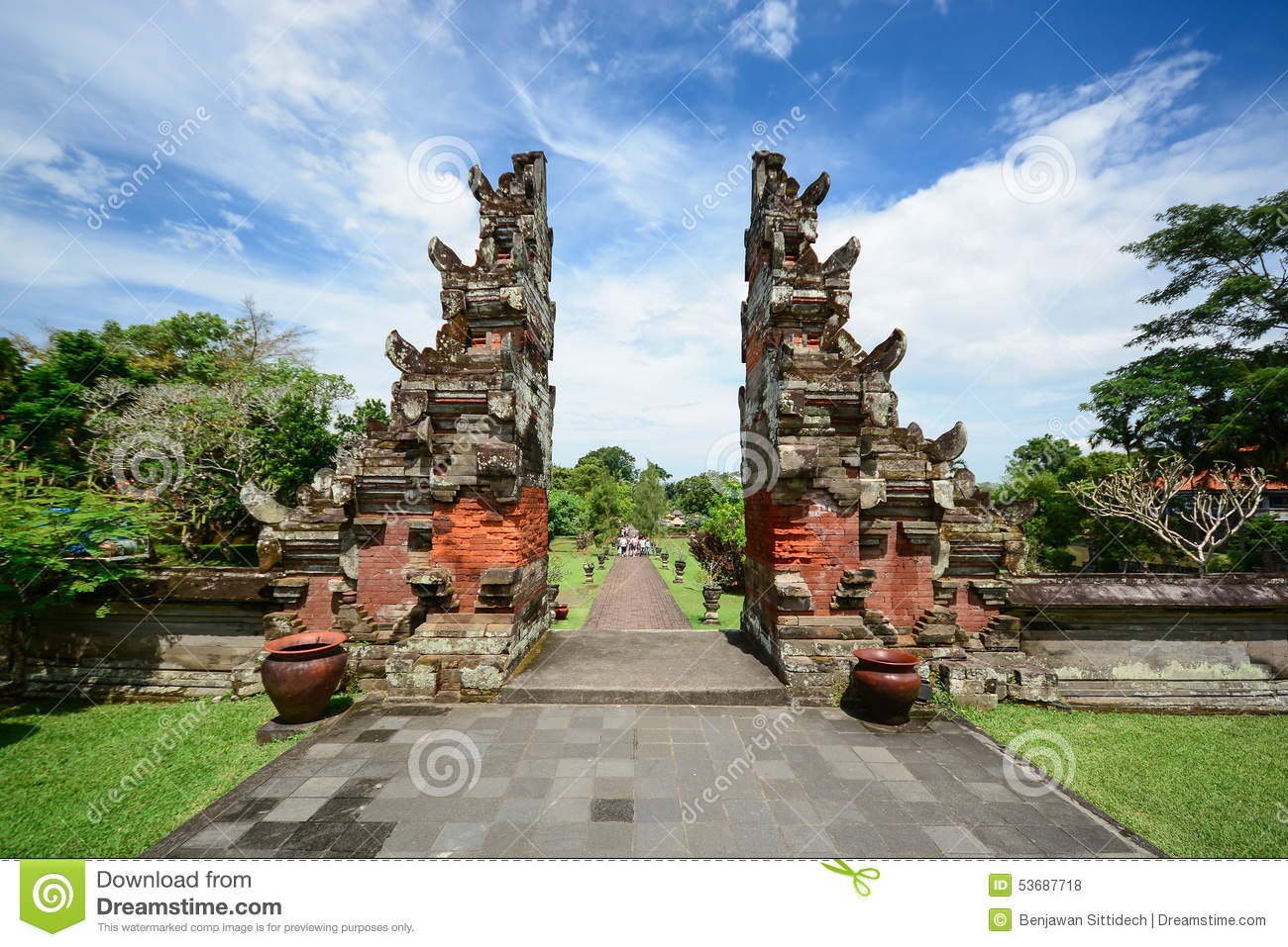 Taman Ayun Temple Gate Bali Indonesia Stock Photo Image Of Pura