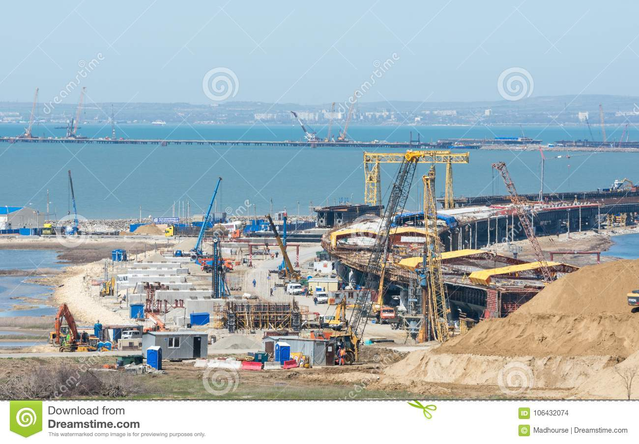 How does the construction of the Kerch bridge affect the economy of the Crimea 35