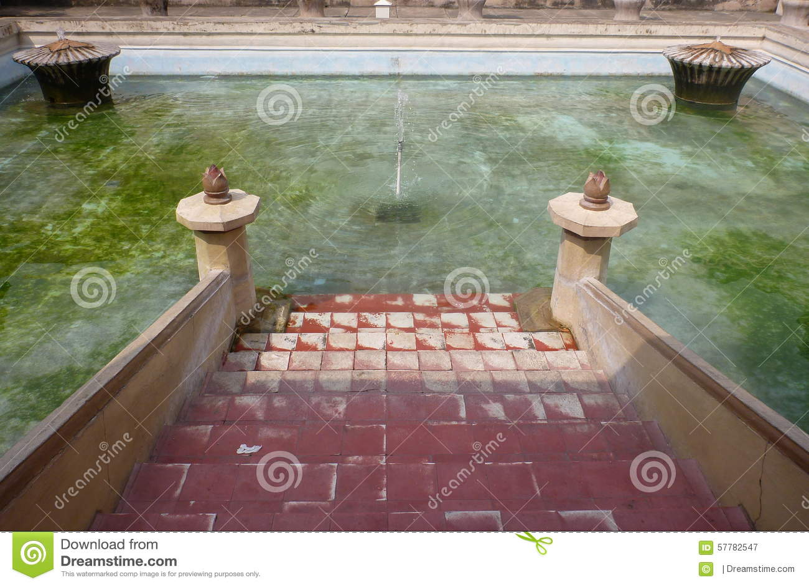 Taman sari s royal bath room