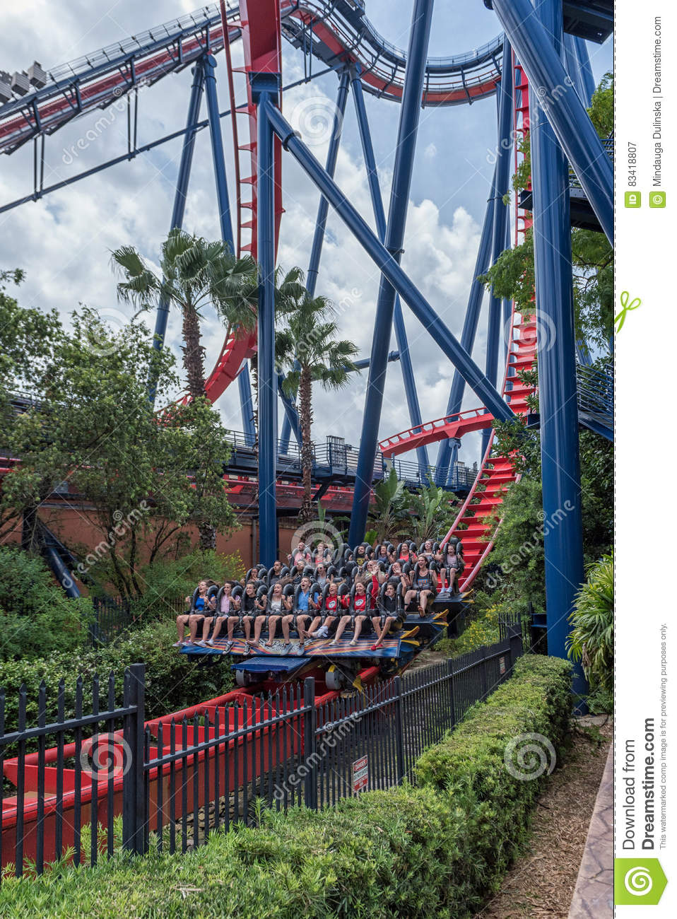 Download TAMPA, FLORIDA   MAY 05, 2015: Attractions In Busch Gardens Tampa  Bay