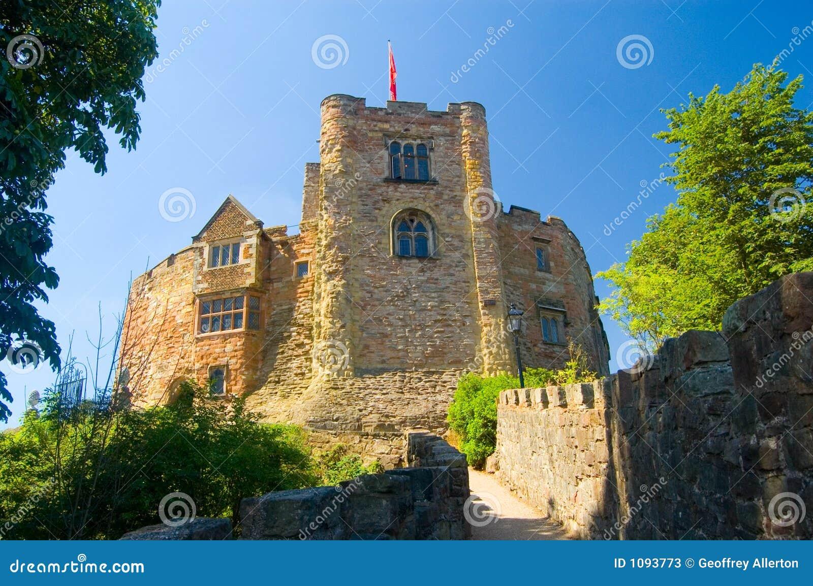 Tamworth castle in the summer sun stock photos image for Sun castle