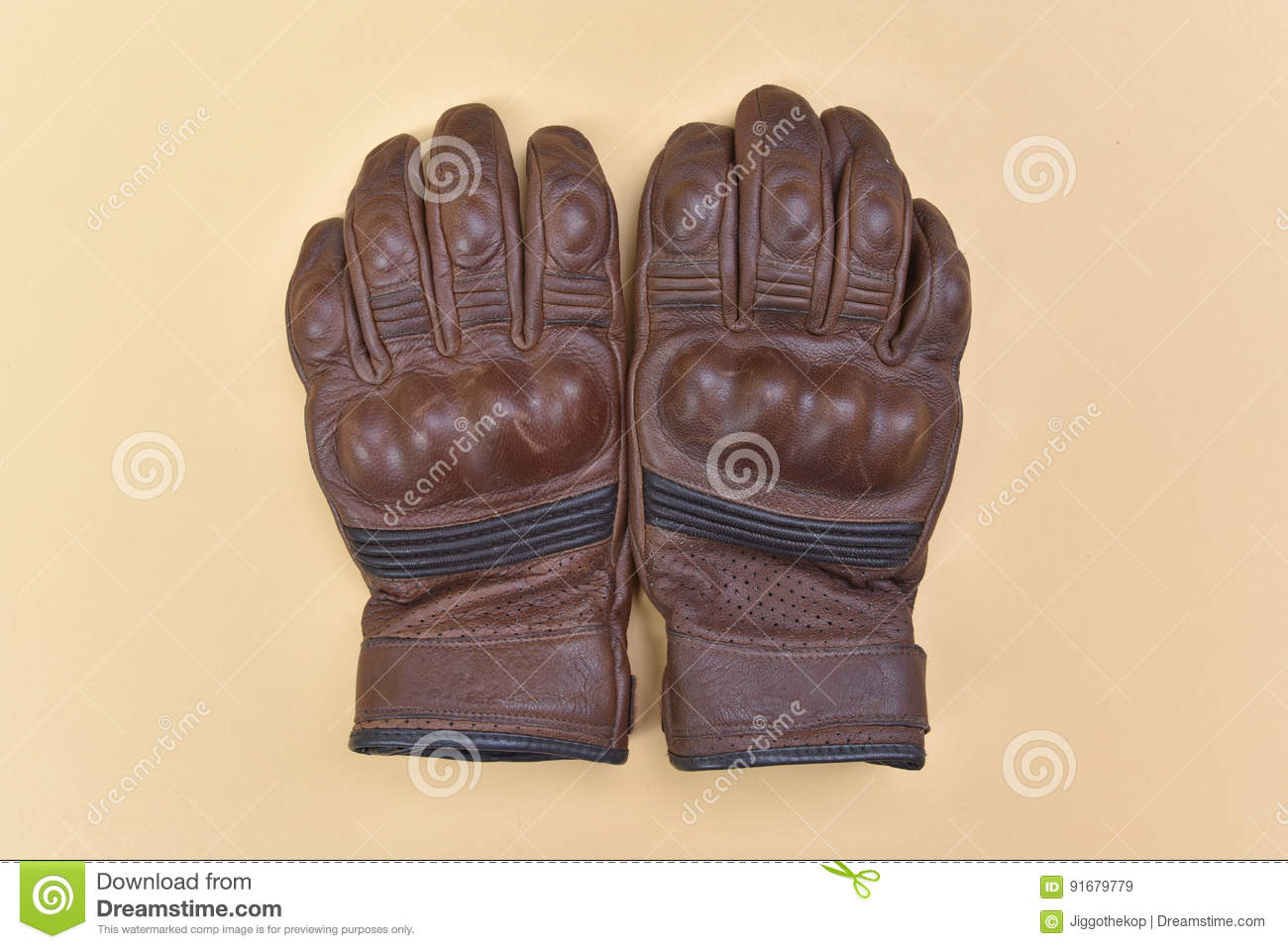 00496d3977d56 Tan Brown Leather Gloves For Riding A Motorcycle Or Bicycle Stock ...