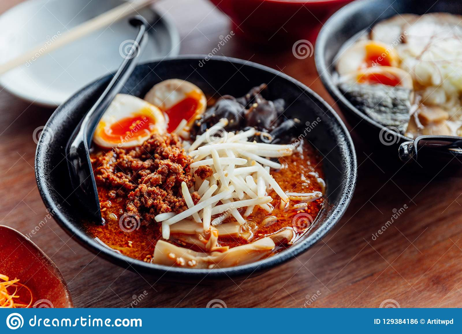 Tan Tan Ramen: Japanese Noodle In Tan Tan Soup With Mince ...