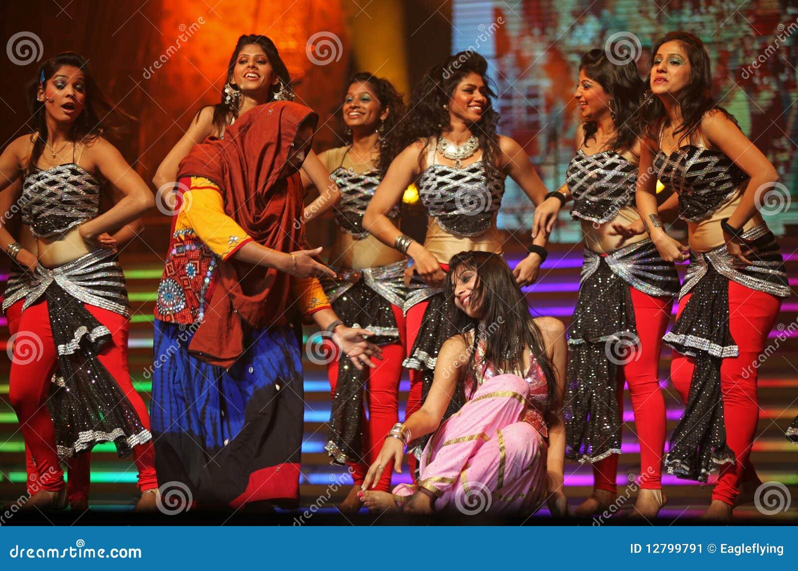Tana przedstawienie indyjski muzyczny