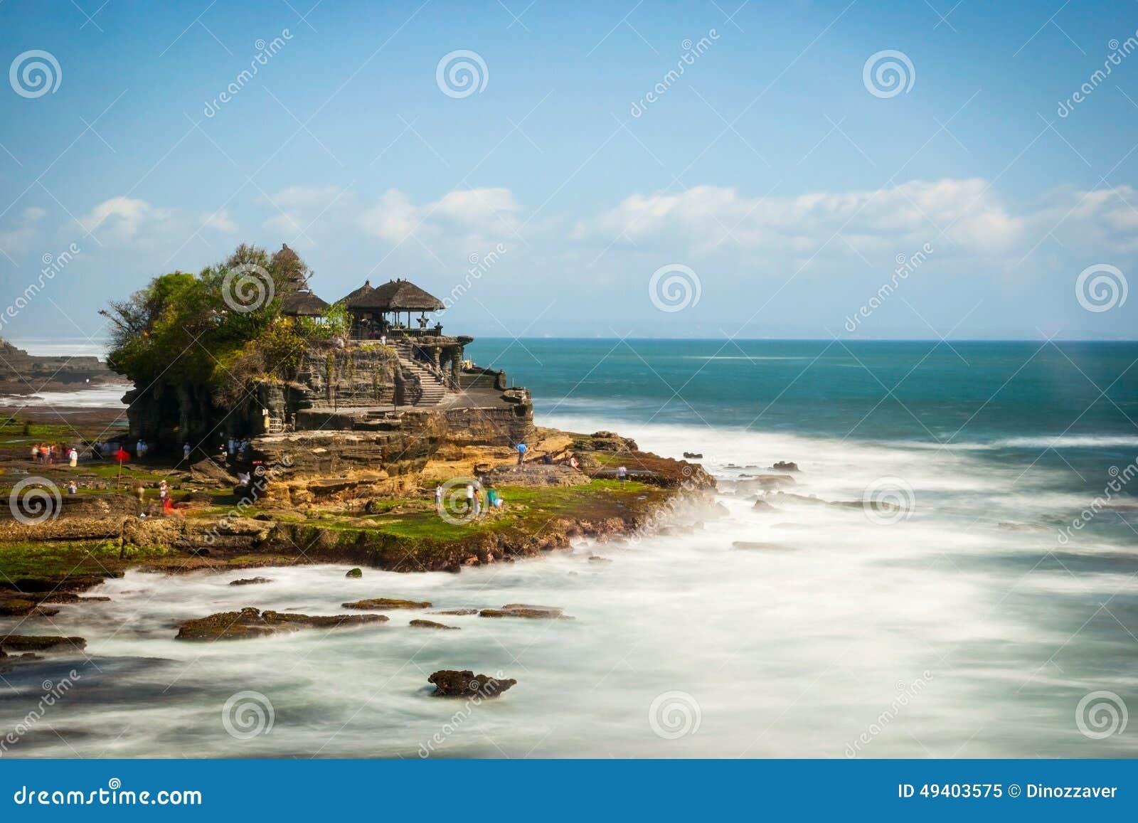 Download Tanah-Lostempel In Der Langen Belichtung, Bali Stockbild - Bild von gebäude, landschaft: 49403575