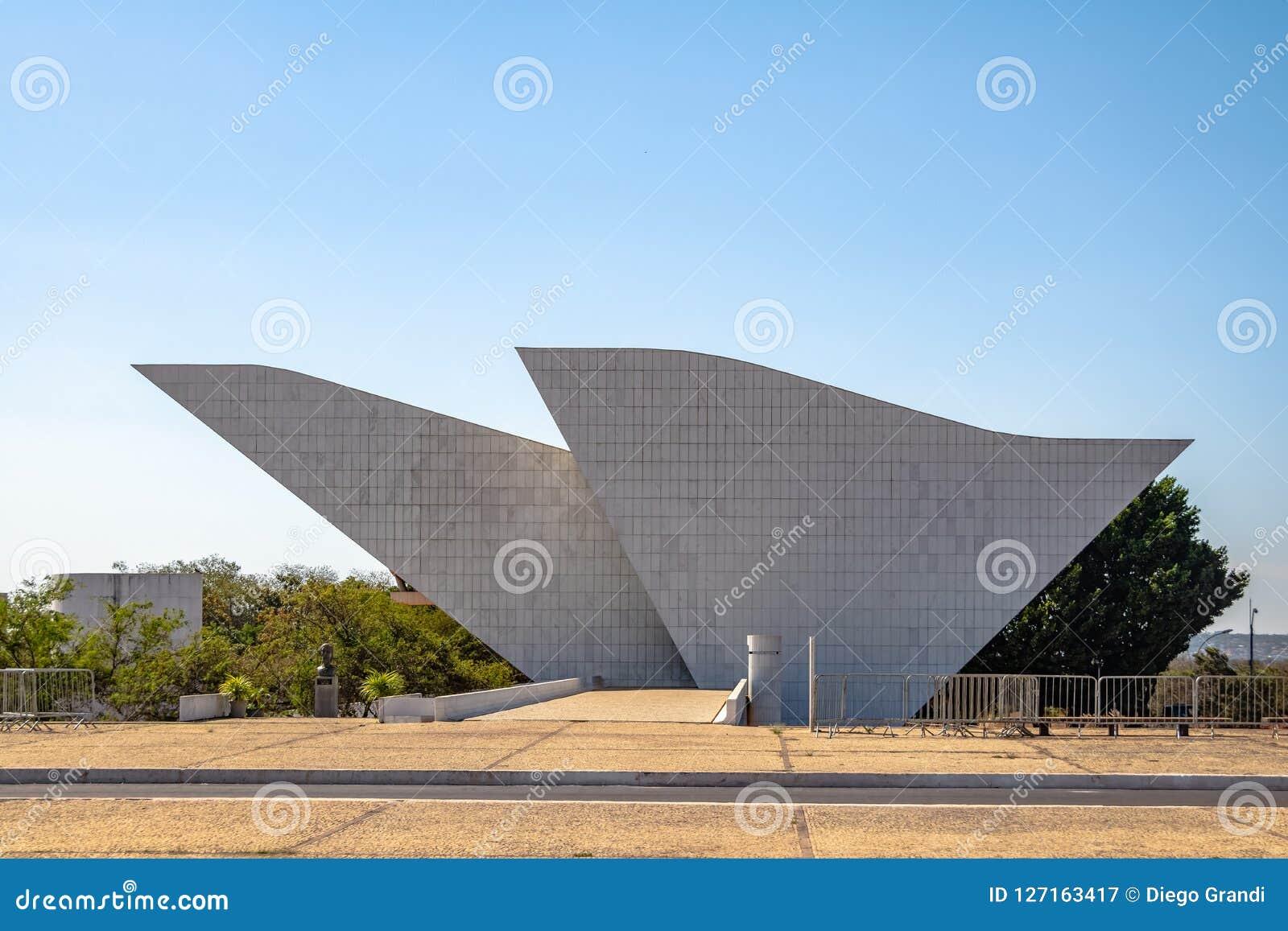 Tancredo Neves Pantheon van het Vaderland en de Vrijheid bij Drie Bevoegdheden Plein - Brasilia, Federale Distrito, Brazilië