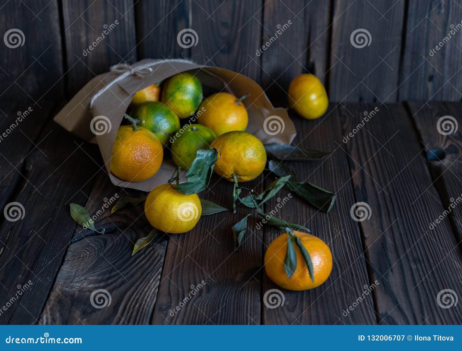 Tangerineorangen, Mandarinen, Klementinen, Zitrusfrüchte