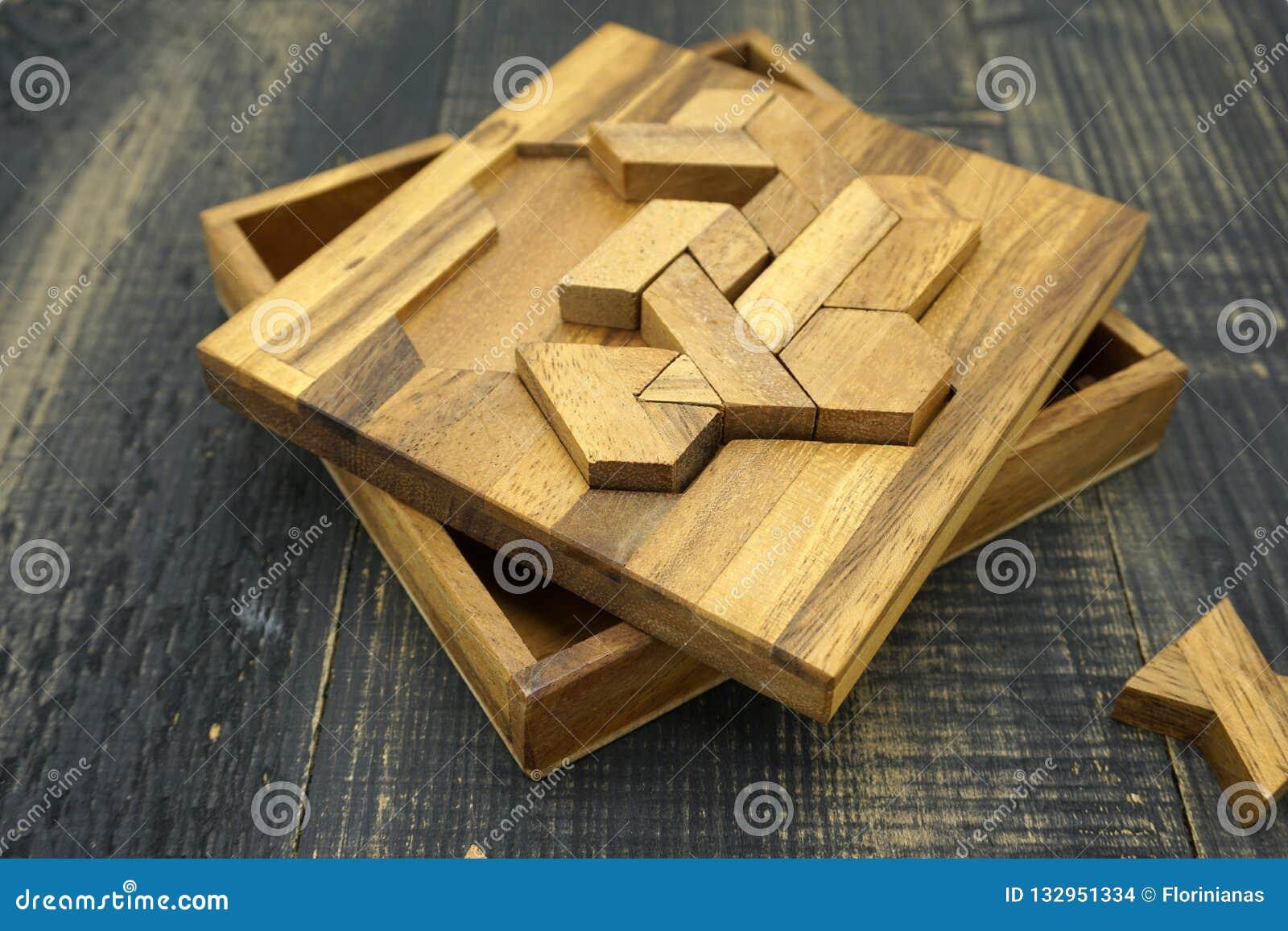 Tangram, китайская традиционная игра головоломки