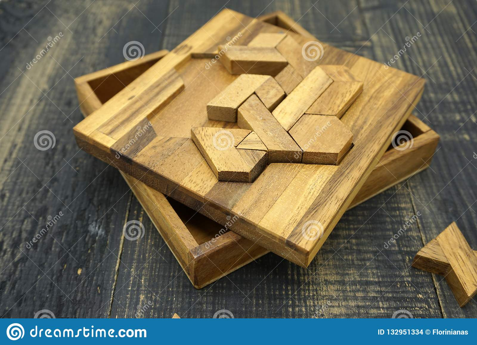 Tangram, Chinese traditional puzzle game