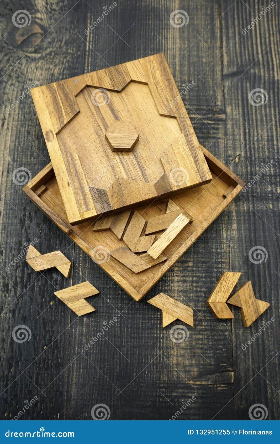 Tangram, gioco tradizionale cinese di puzzle