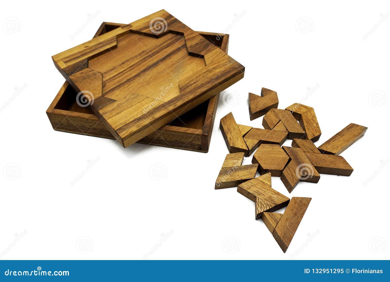 Tangram, jeu traditionnel chinois de puzzle