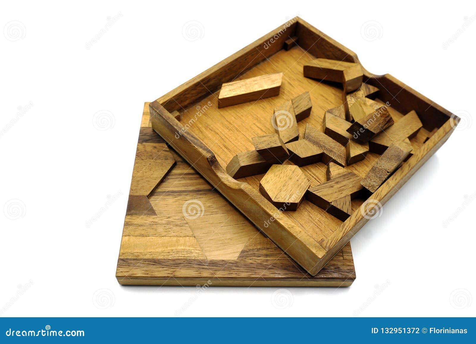 Tangram, jogo tradicional chinês do enigma