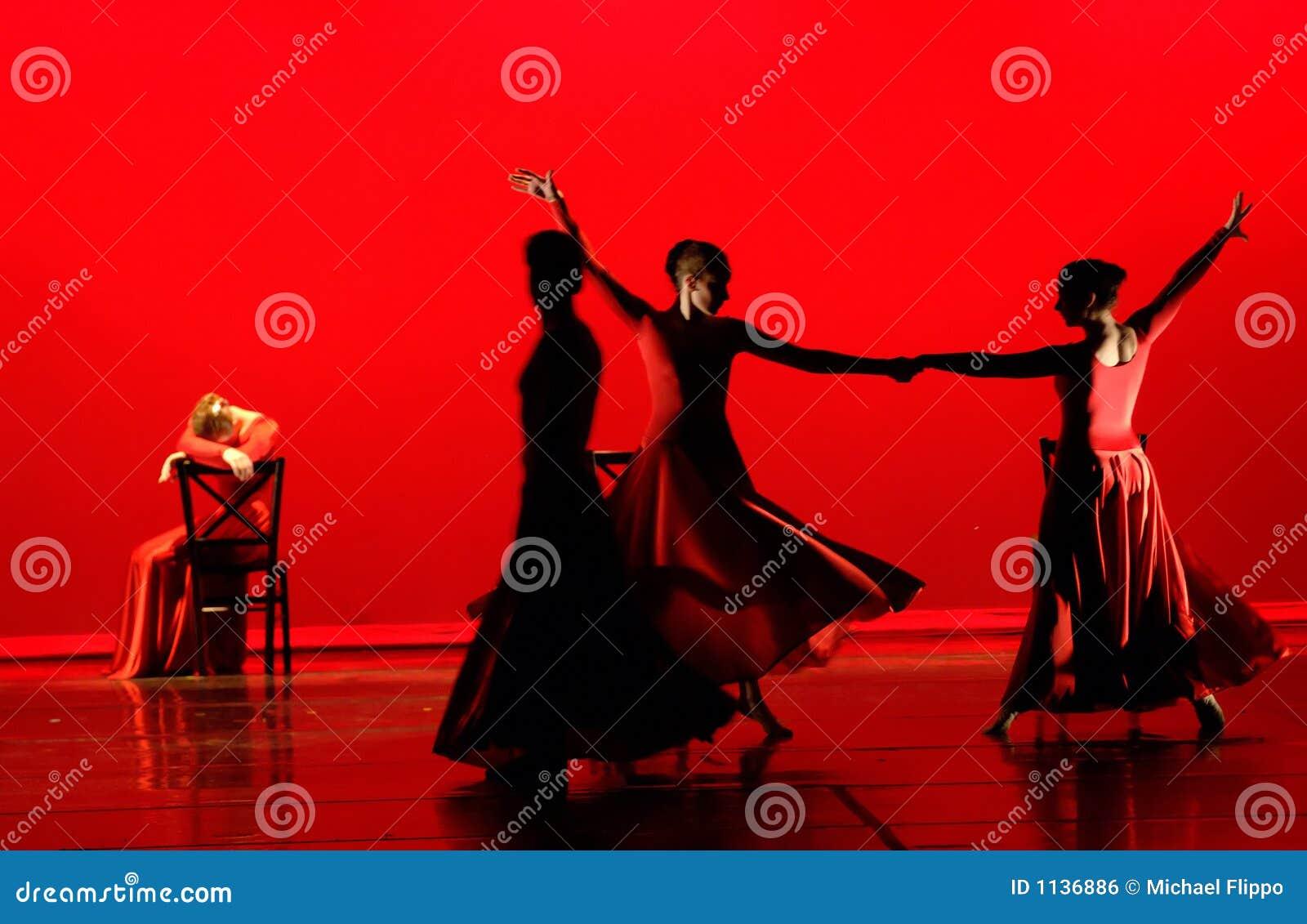Tanz im Rot