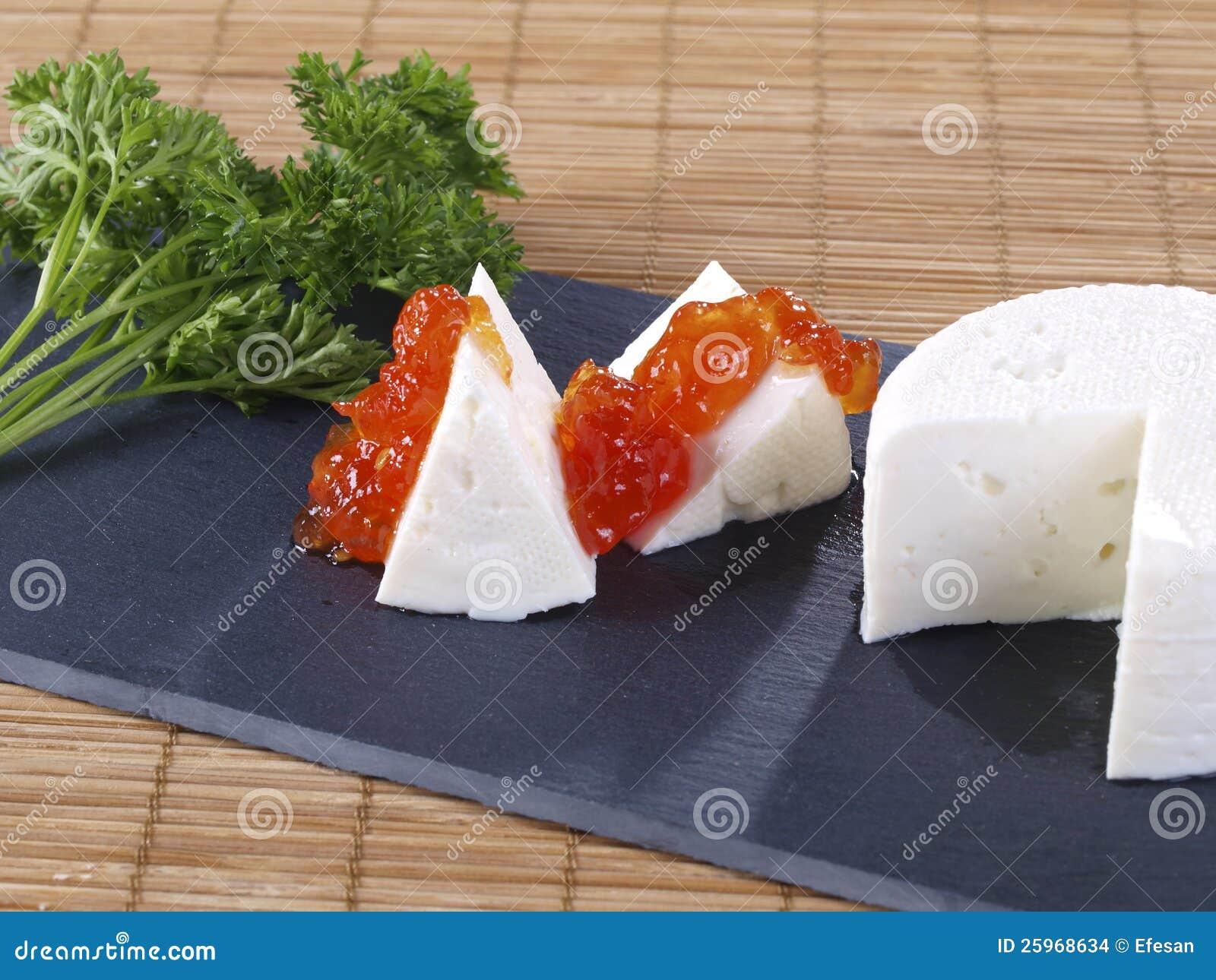 Esperma en una rebanada de pan y mermelada 5