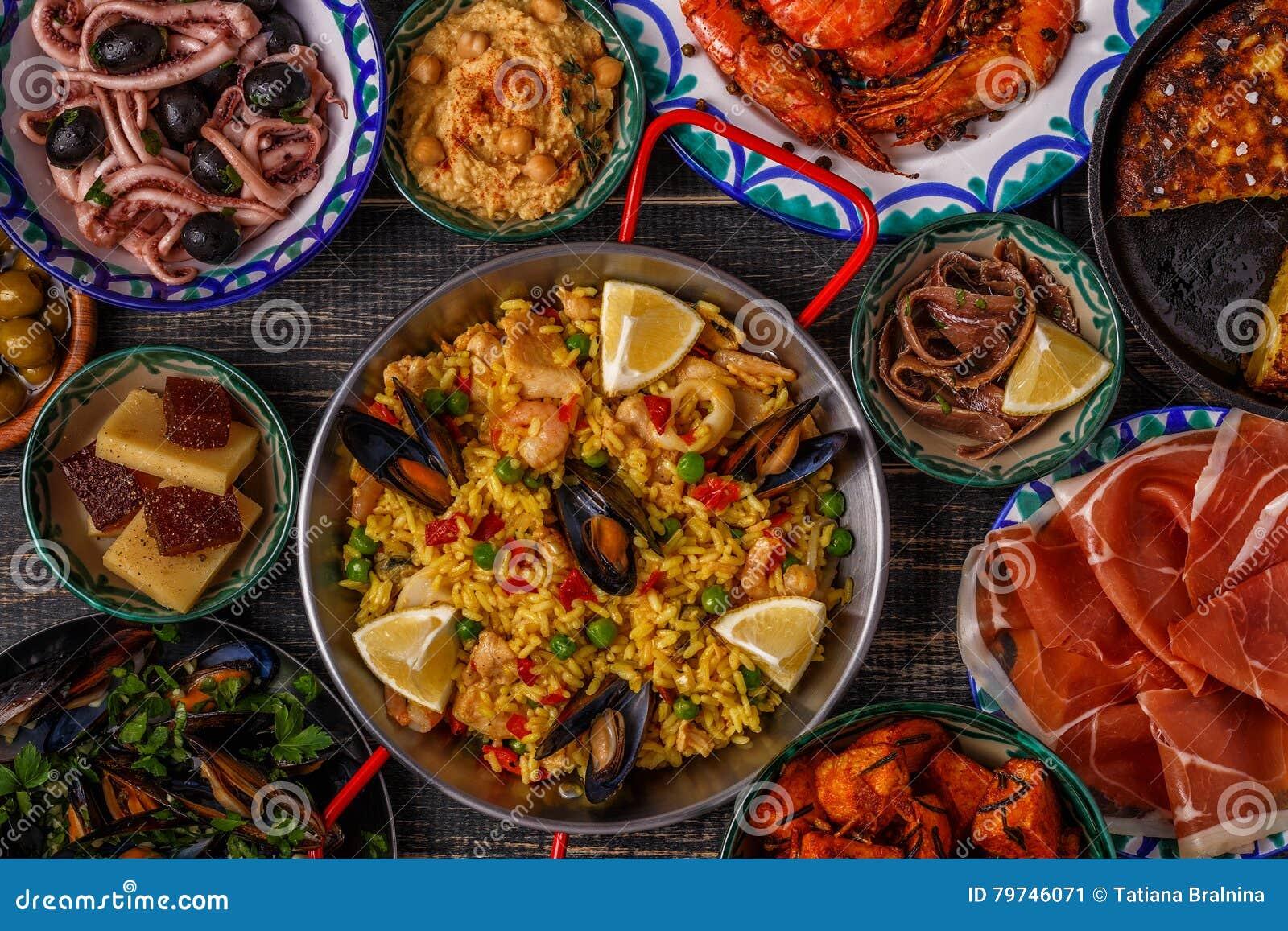 Tapas españoles típicos concepto, visión superior