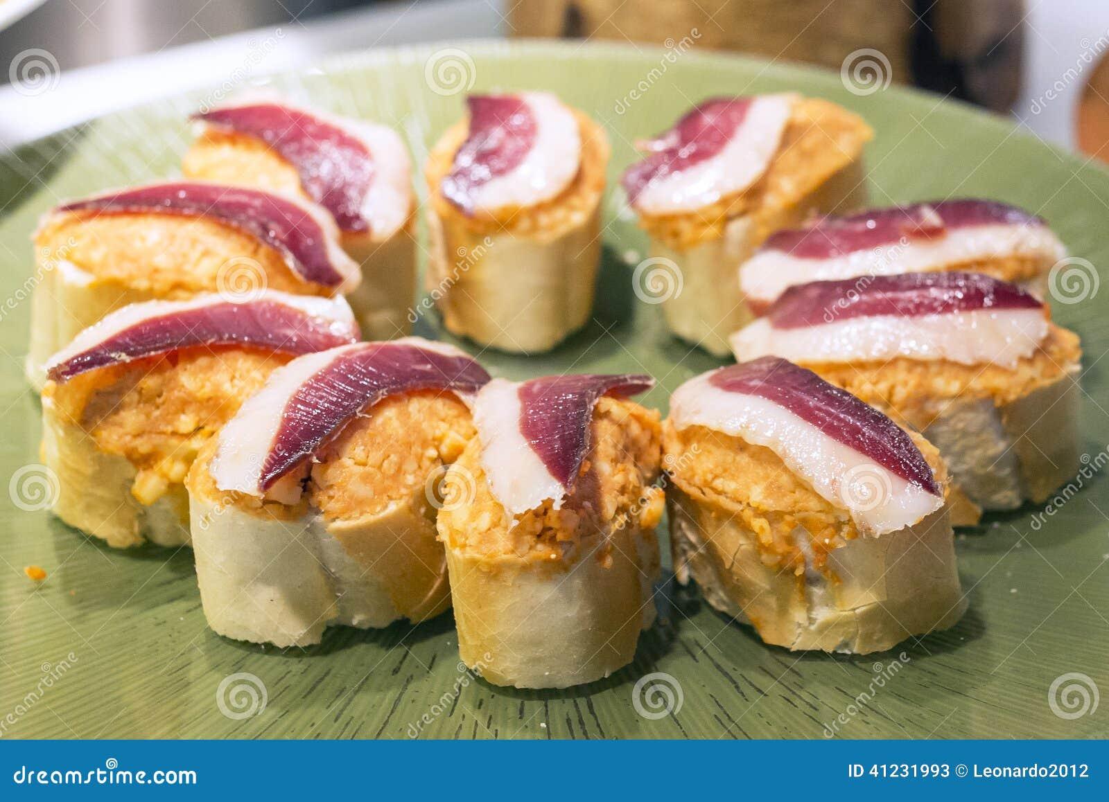 Tapas espagnols de plan rapproch de jambon de serrano - Cuisine espagnole tapas ...