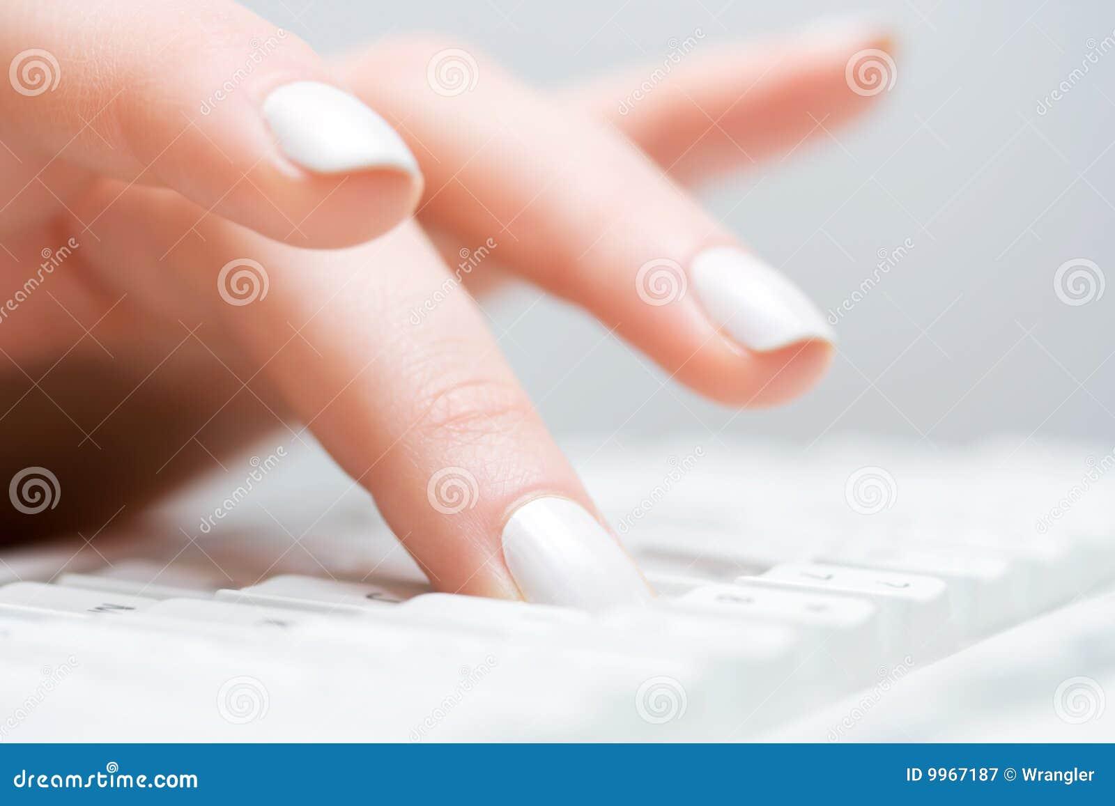 Taper femelle de main