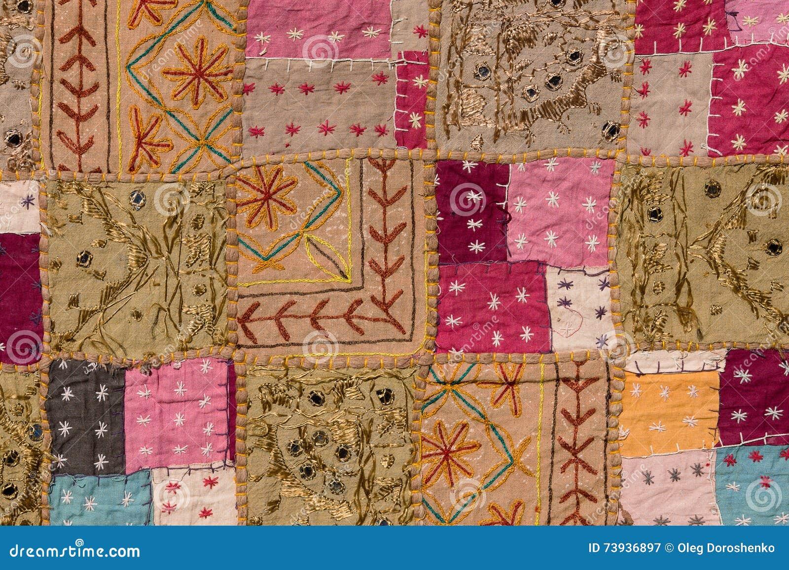 tapis asiatique amazing les procds de fabrication sont trs diffrents entre les tapis machine et. Black Bedroom Furniture Sets. Home Design Ideas