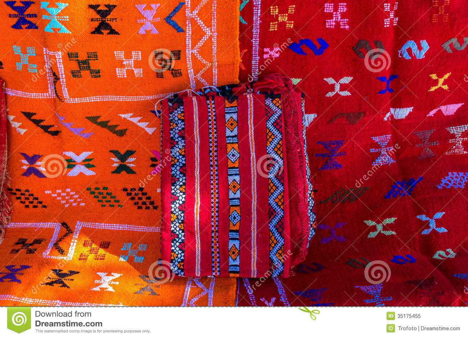 tapis marocain photo libre de droits image 35175455. Black Bedroom Furniture Sets. Home Design Ideas
