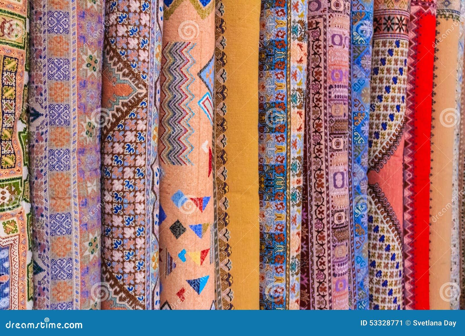 Tappeti orientali al mercato marocchino fotografia stock - Tappeti orientali ...