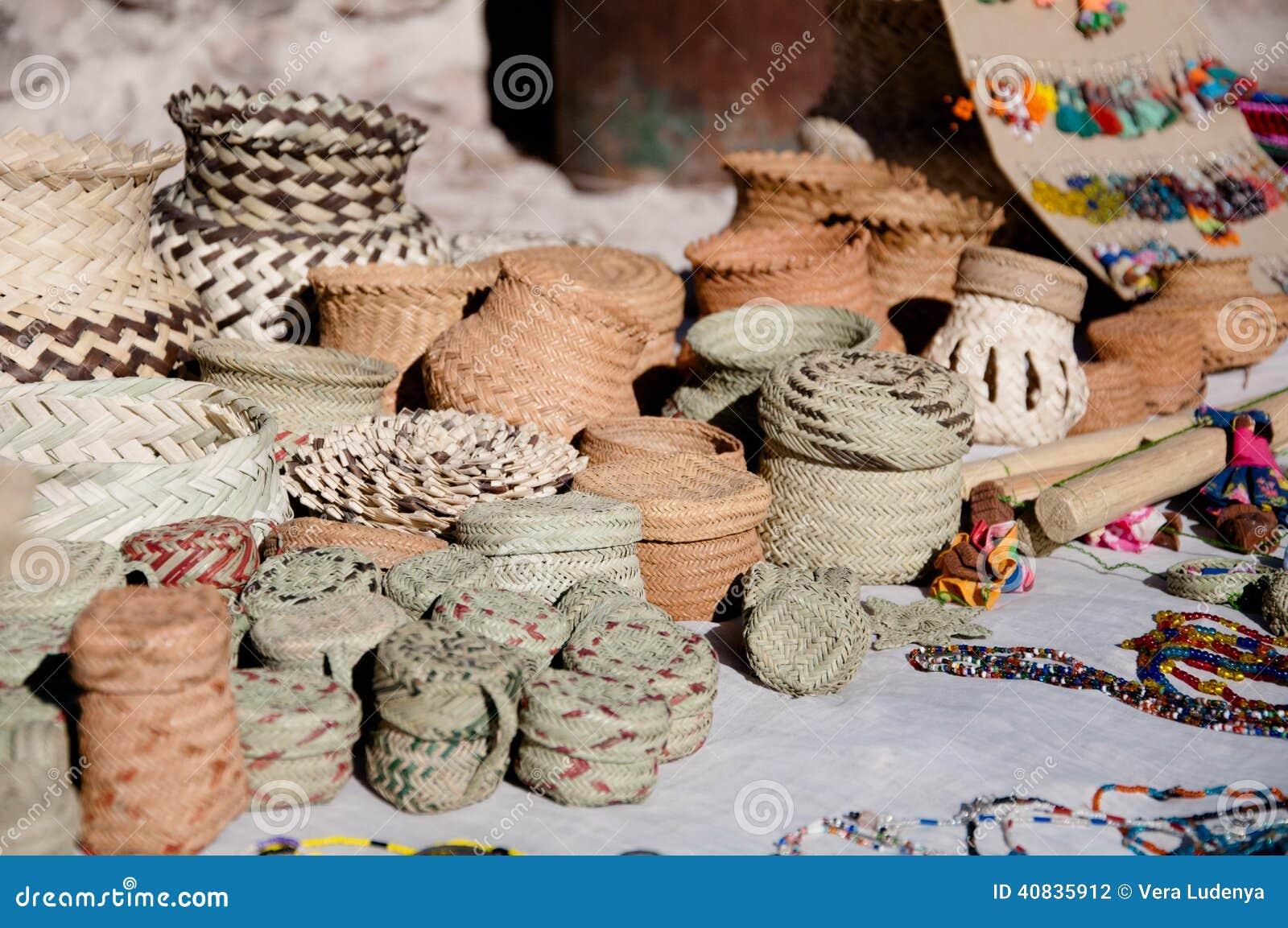 Basket Of Apples Clipart Tarahumara's handicraf...
