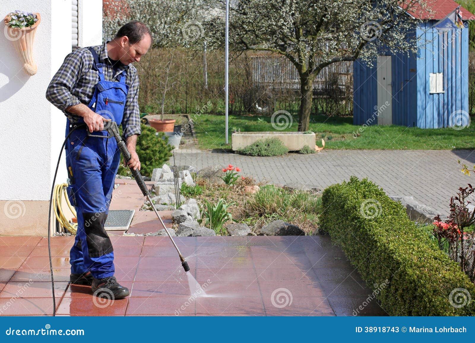Tarasowy cleaning z naciskiem