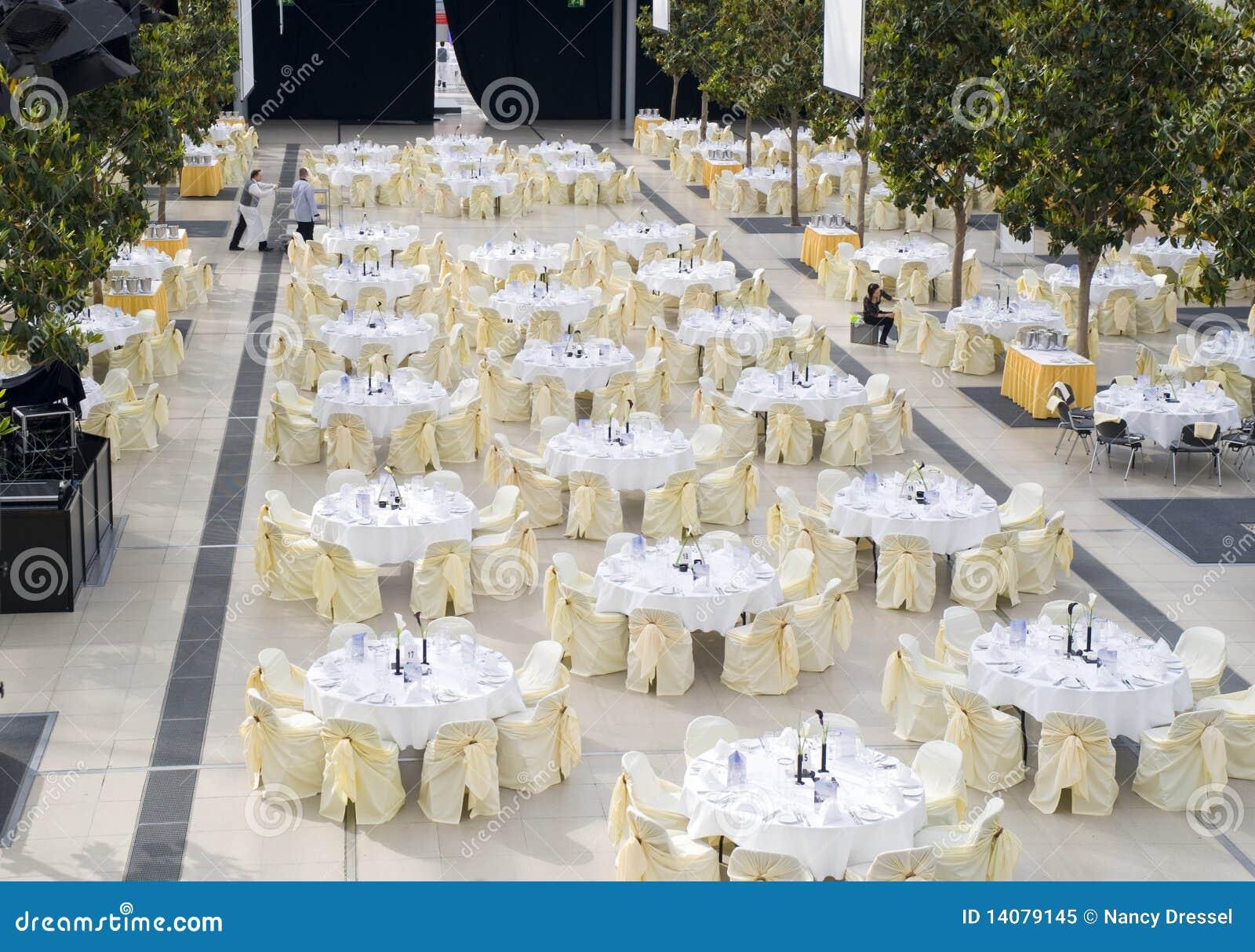 Target1151_0_ wydarzenia setu stół