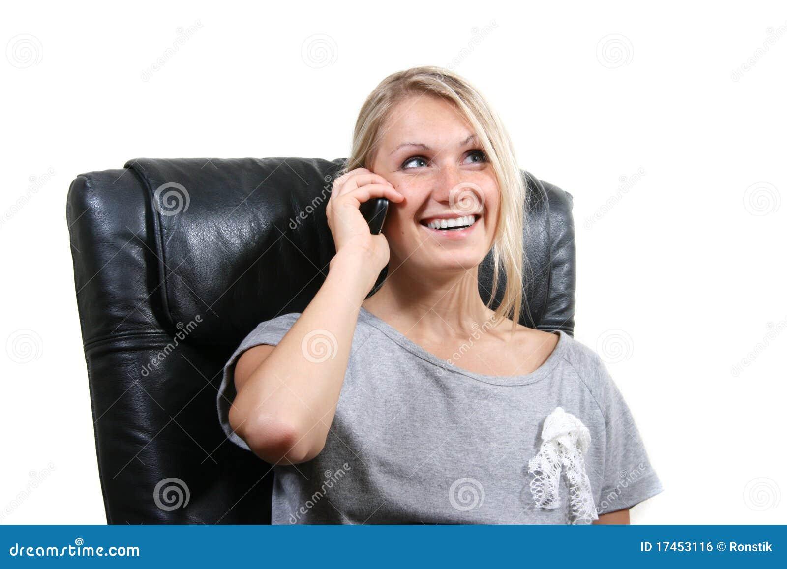 Target1687_0_ telefon kobiety