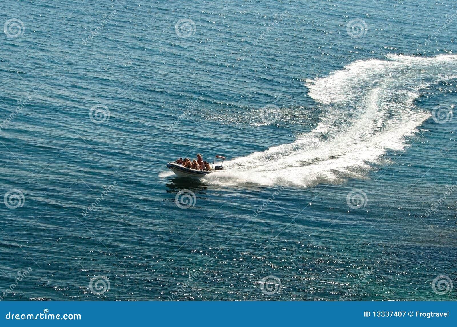 Target657_0_ łódź motorowa