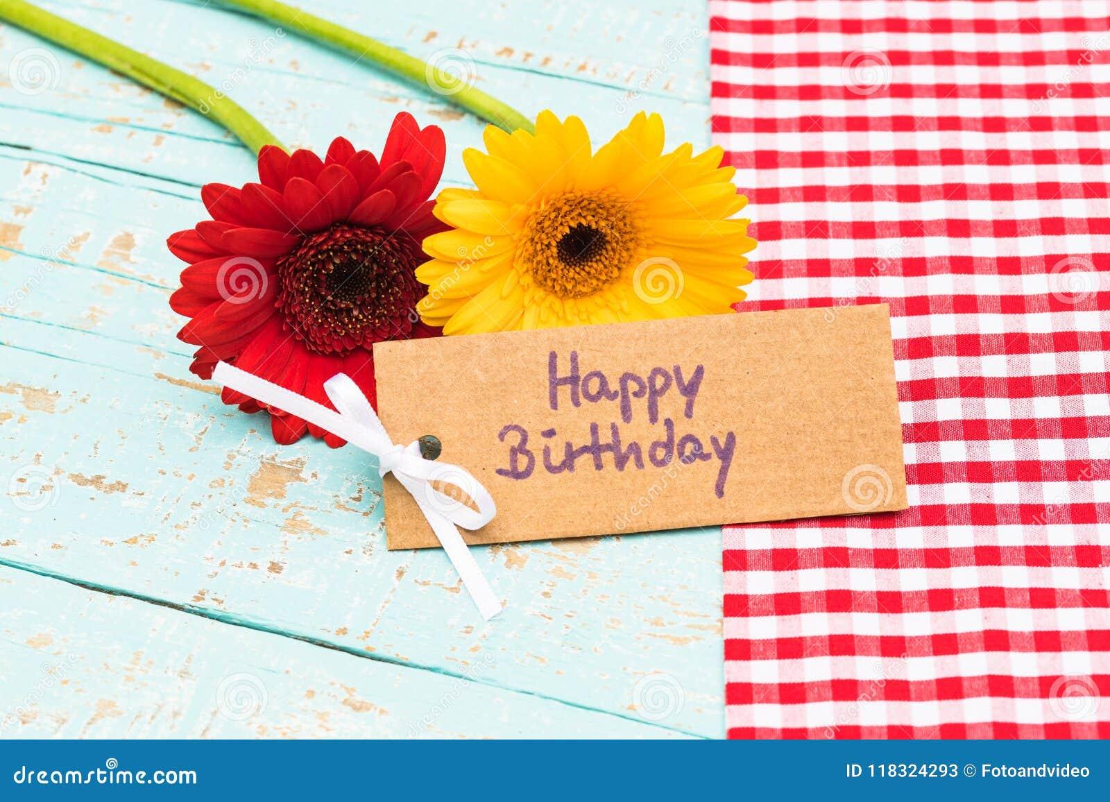 Felicitaciones De Cumpleaños Con Flores: Tarjeta De Felicitación Del Feliz Cumpleaños Con Las