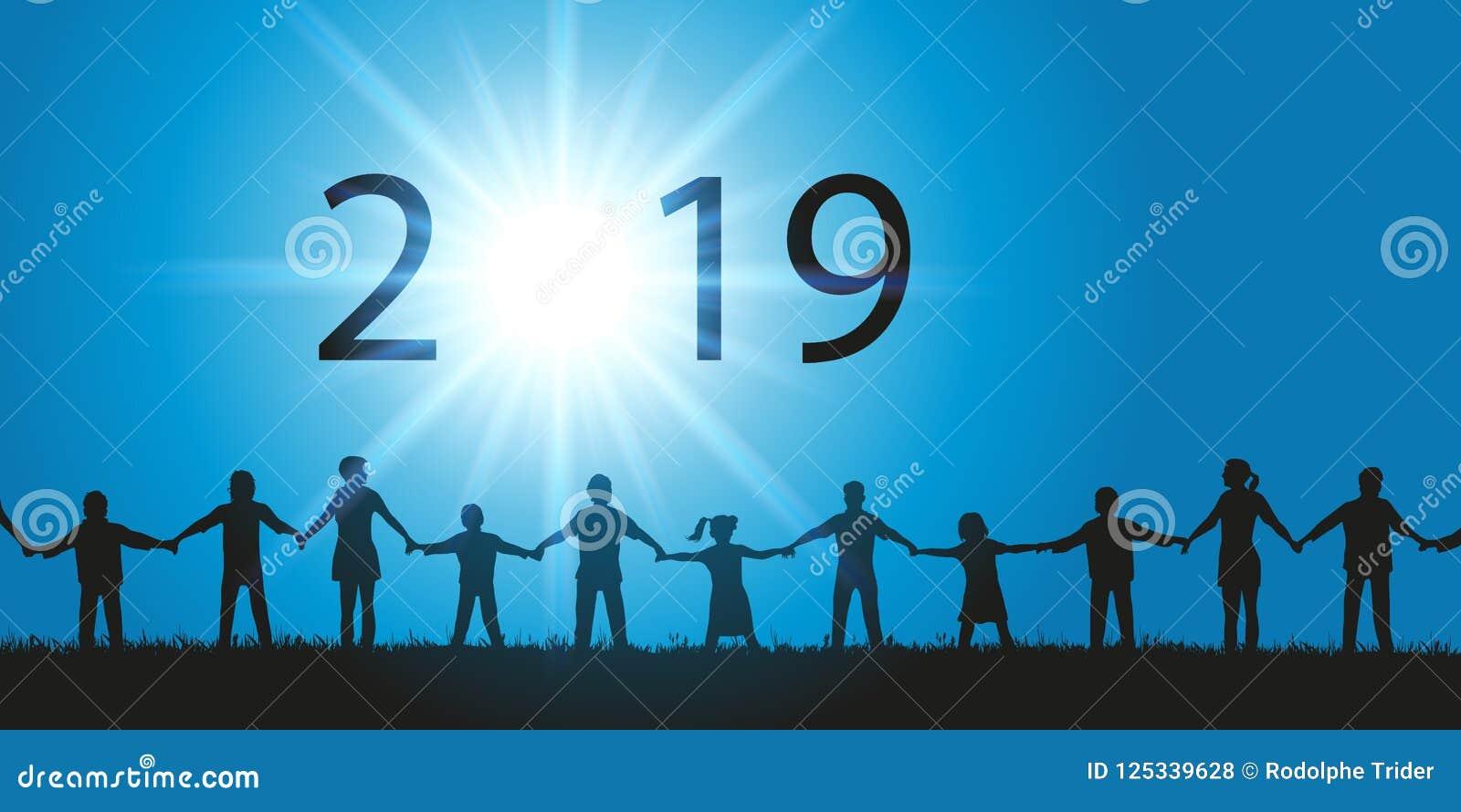 Tarjeta de felicitación 2019 en el concepto de fraternity con la gente que sacude las manos que miran el cielo