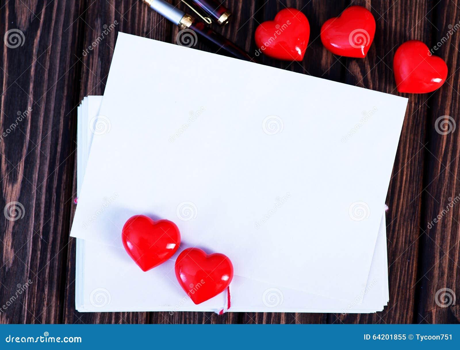 Tarjeta vacía de la tarjeta del día de San Valentín del copyspace