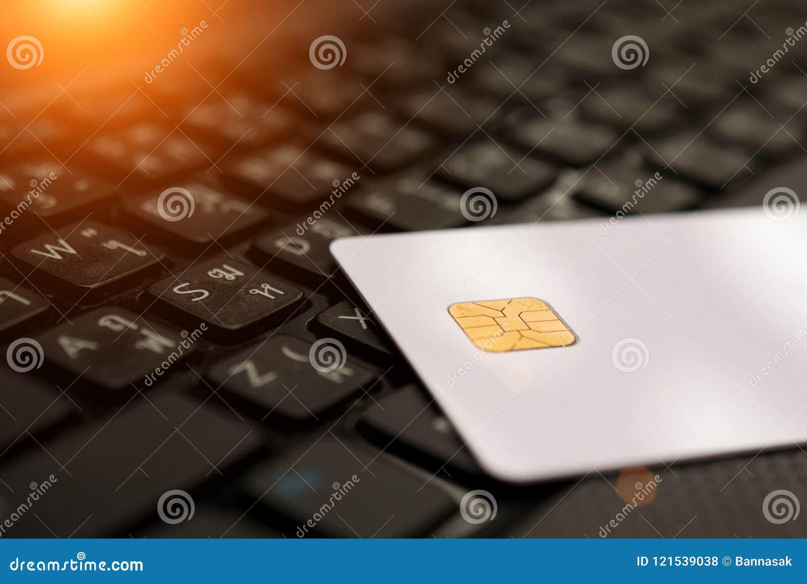 Tarjetas de crédito y carta, cierre para arriba